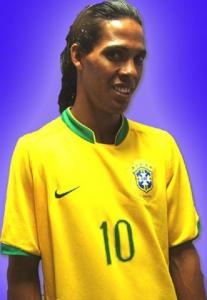 Ronaldinho Double Lookalike-1 (5)