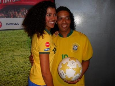Ronaldinho Double Lookalike-1 (6)