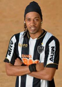 Ronaldinho Double Lookalike-1 (7)