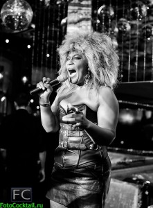 Tina Turner Double-1.11