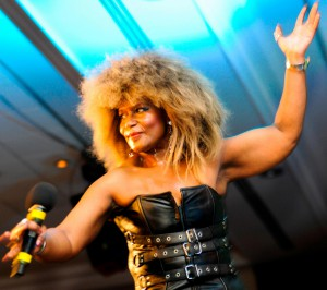 Tina Turner Double-1.14